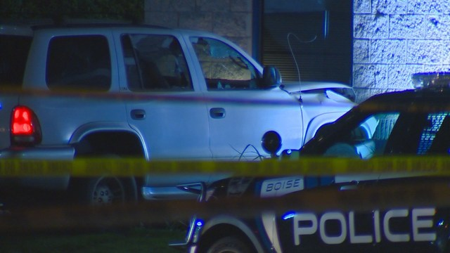 Man Dead After Shooting At Officers Driving Into Garden City Police Department Ktvb Com