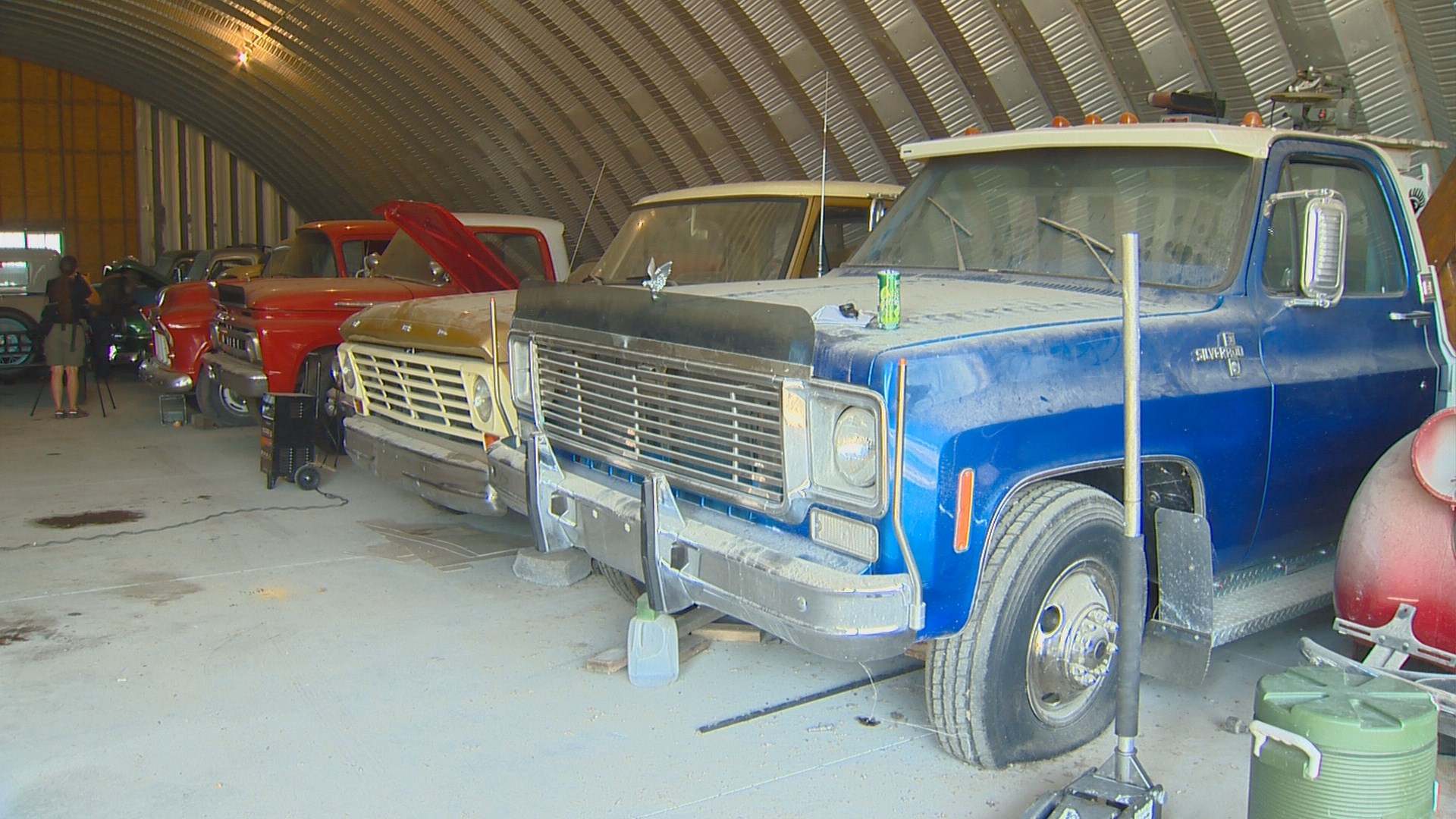 wzzm13.com | Farmer\'s eclectic collection of classic cars to go up ...